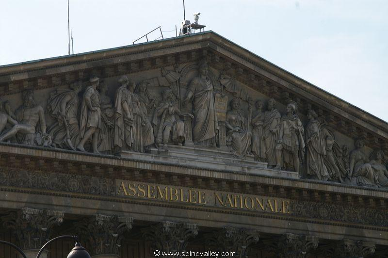 seinevalley_visitfrance_paris_assembleenationale