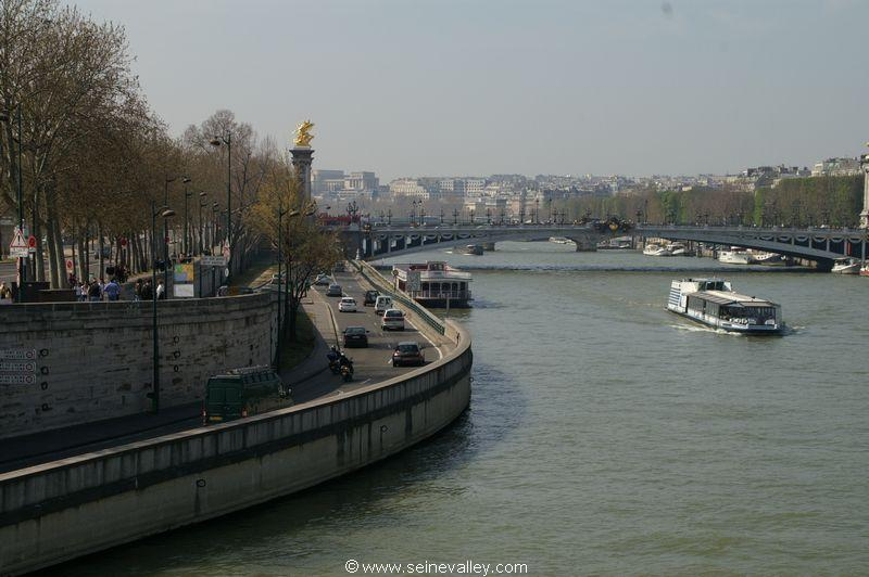 seinevalley_visitfrance_paris_seinebanks